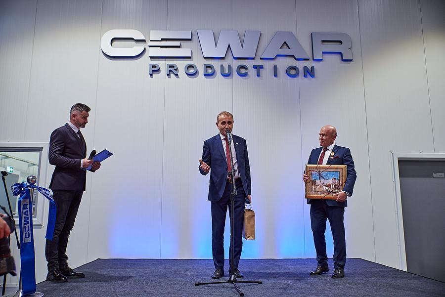 CEWAR_122