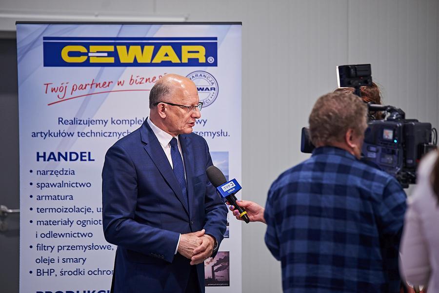 CEWAR_32